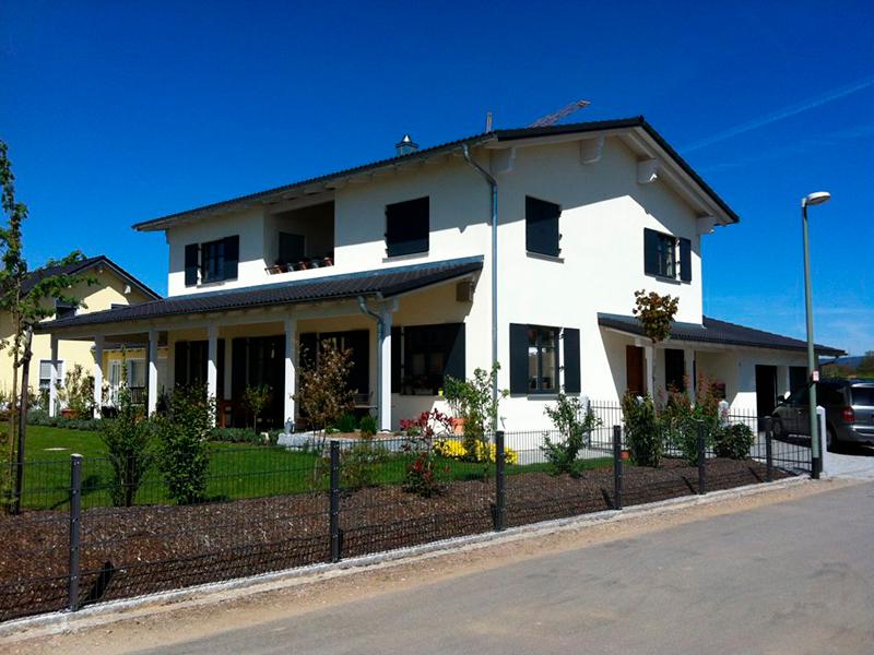Wohnhaus überdachte Terrasse Parkstetten
