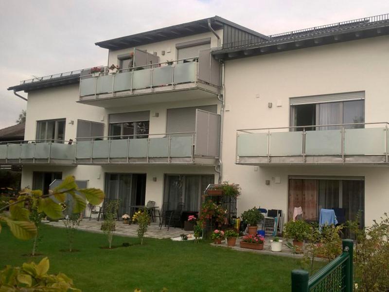 Mehrfamilienhaus mit 8 Wohnungen Bogen